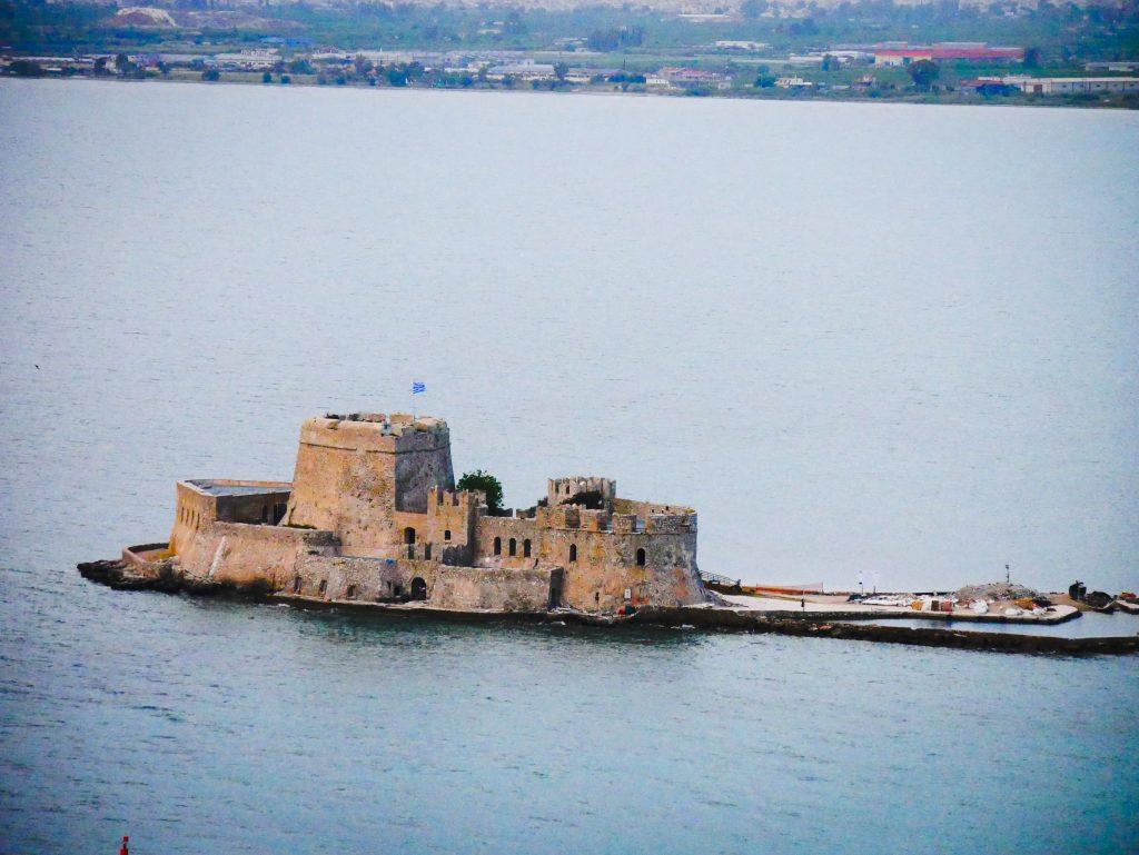 Vue sur le château Bourtzi