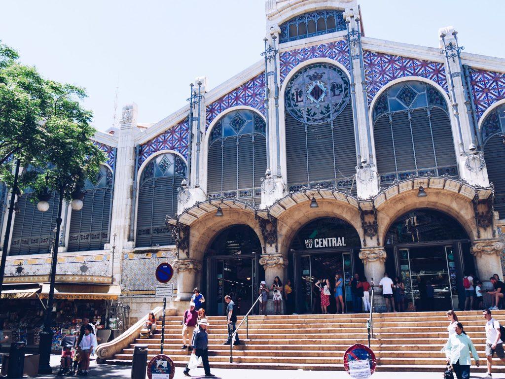 Façade du Marché central de Valence