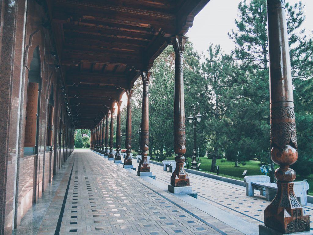 Tachkent-Monument-de-la-Mère-affligée-Galerie