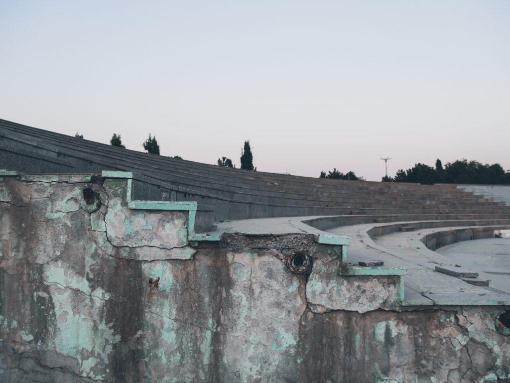 Tachkent-Parc-Navoï-escaliers