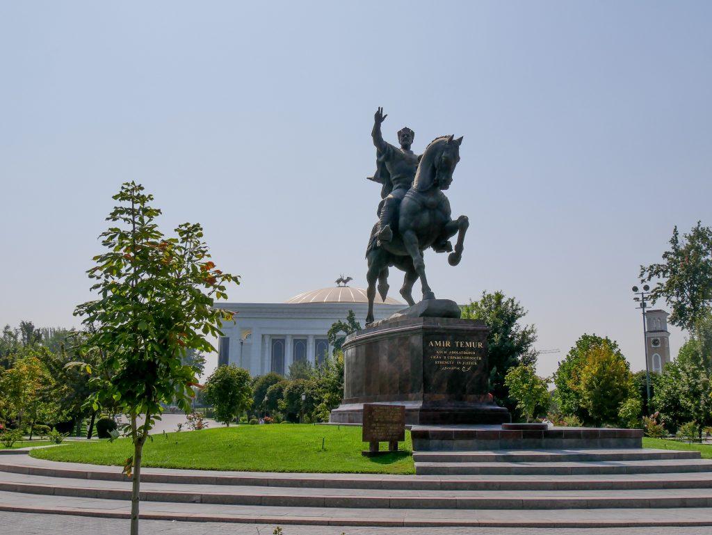 Place Amir Timur à Tachkent
