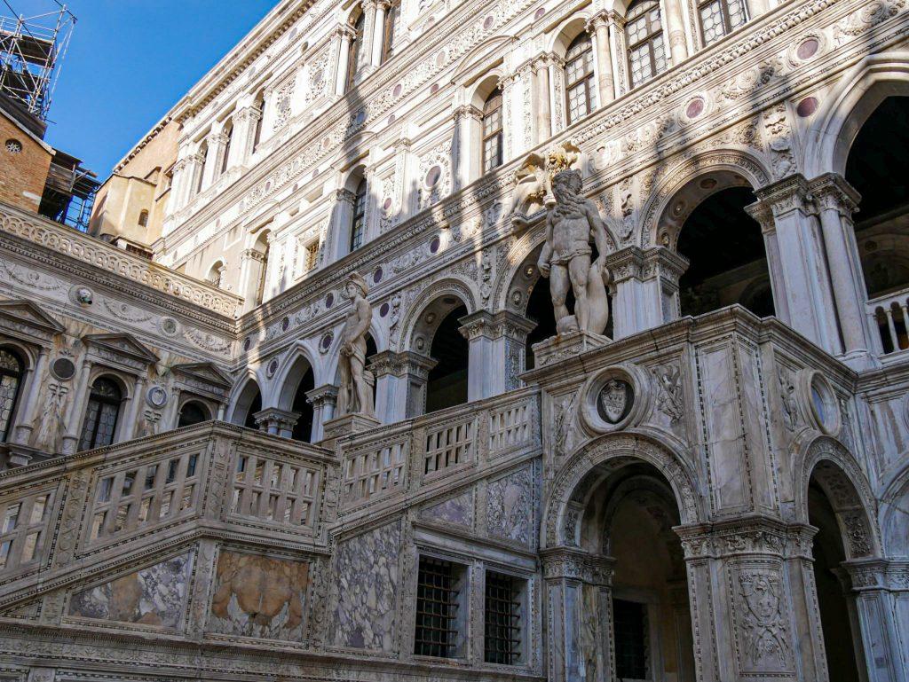 Escalier des Géants dans le Palais des Doges de Venise