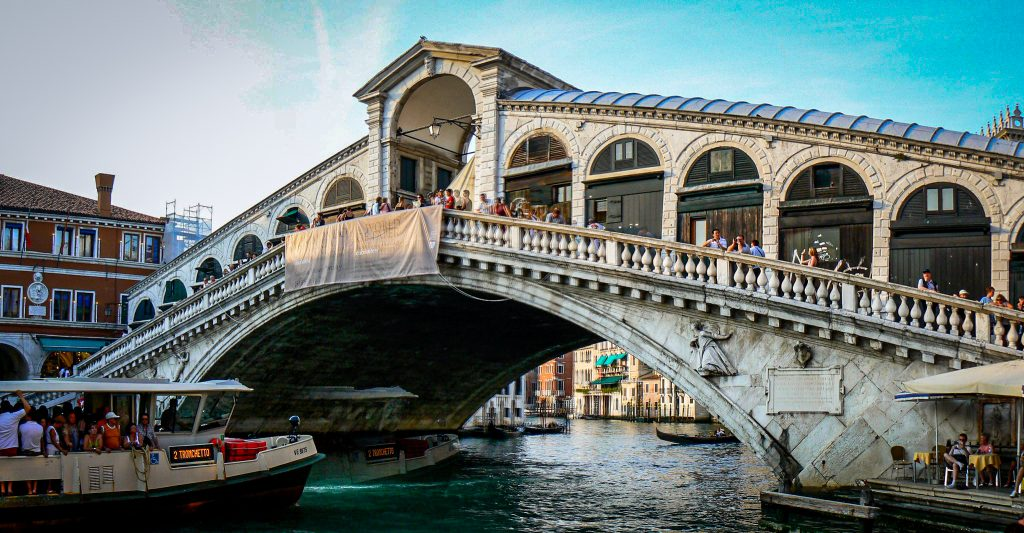 Rialto Bridge - panoramic view