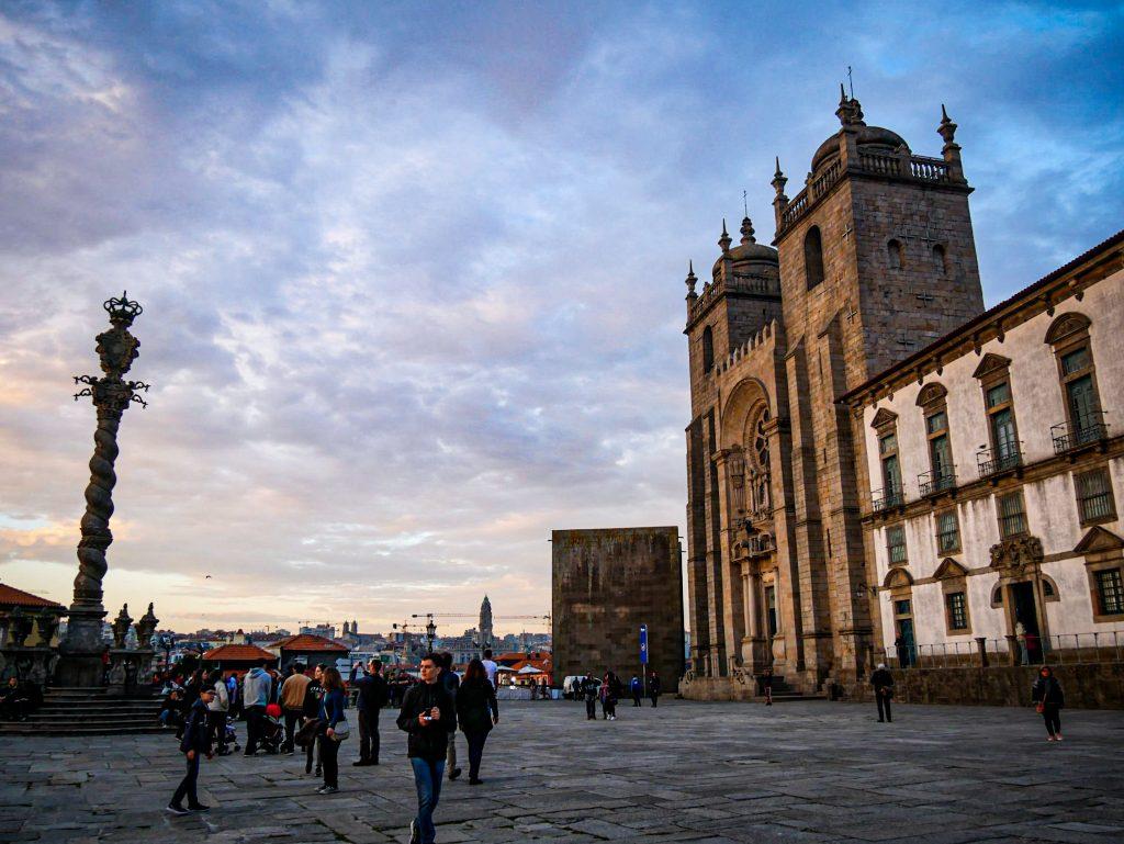 La Cathédrale de Porto - extérieur