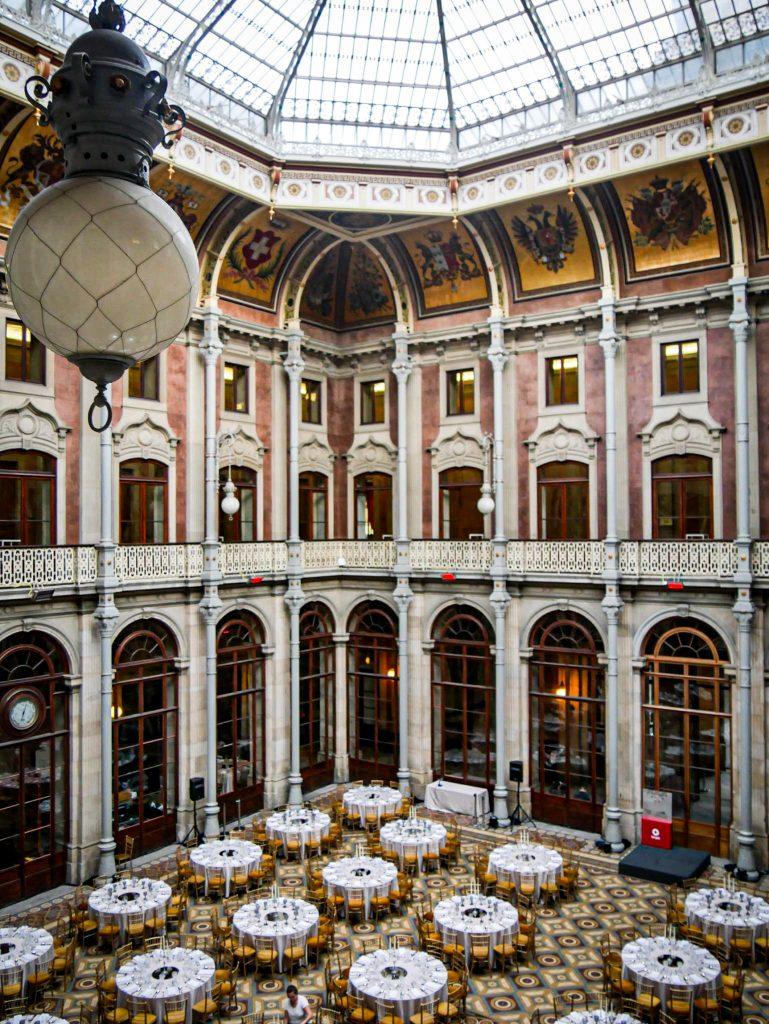 Palacio da Bolsa - Cour des nations