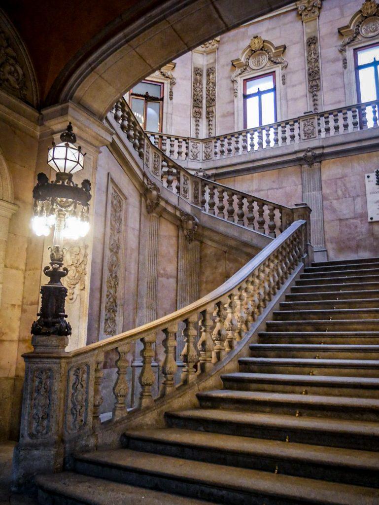 Palacio da Bolsa - Grand escalier