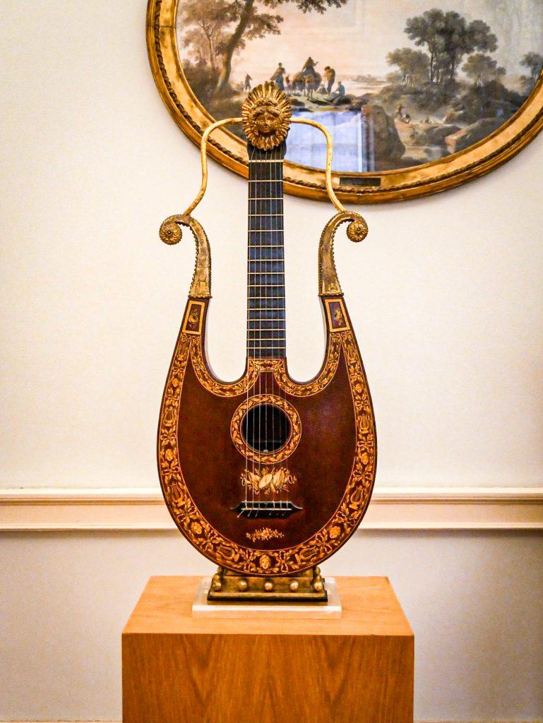 Musée Soares dos Reis Porto - instrument de musique
