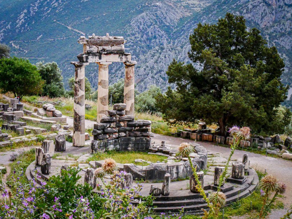 Delphes - Athéna pronaia - Tholos