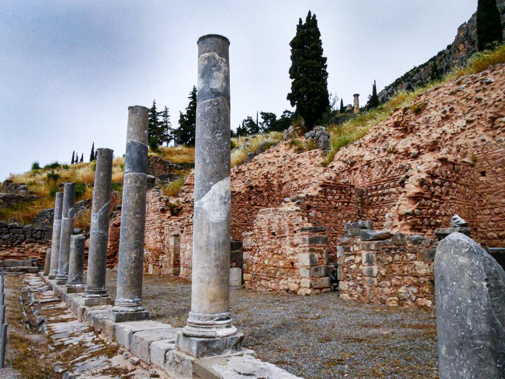 Delphes - Grèce - colonnes