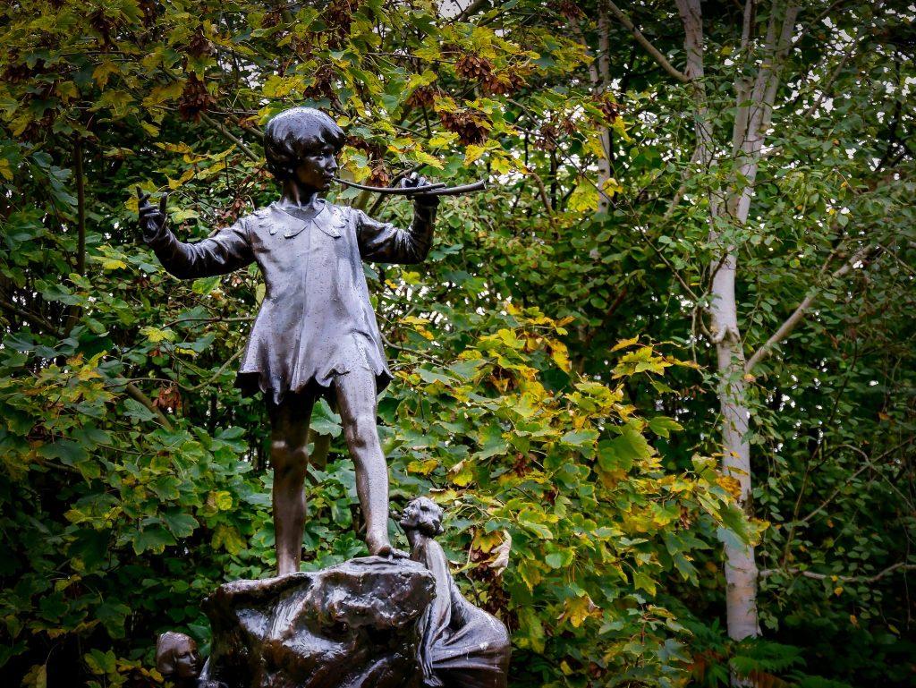 Jardins de Kesnington - Statue de Peter Pan