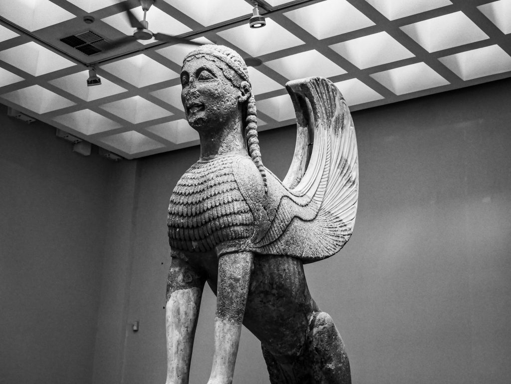 Musée de Delphes - sphinx