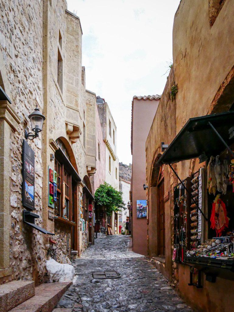 Rue commerçante de Monemvasia - Grèce