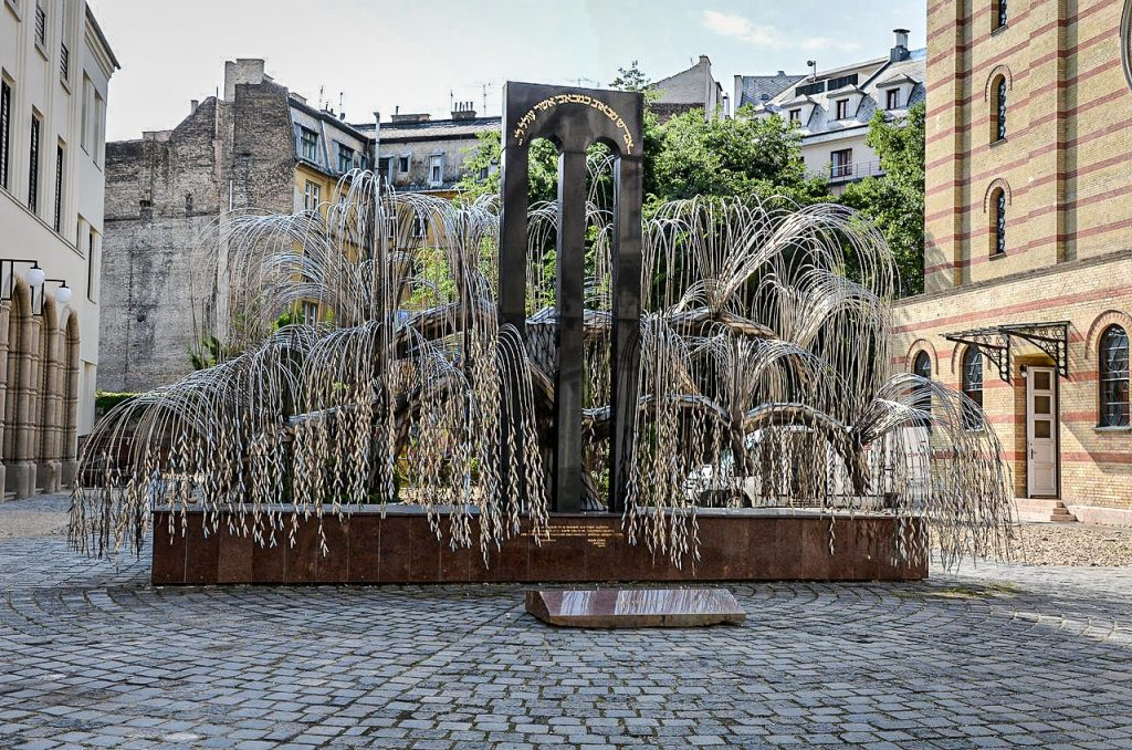 Budapest - Great Synagogue - Holocaust Memorial - Tree of Life