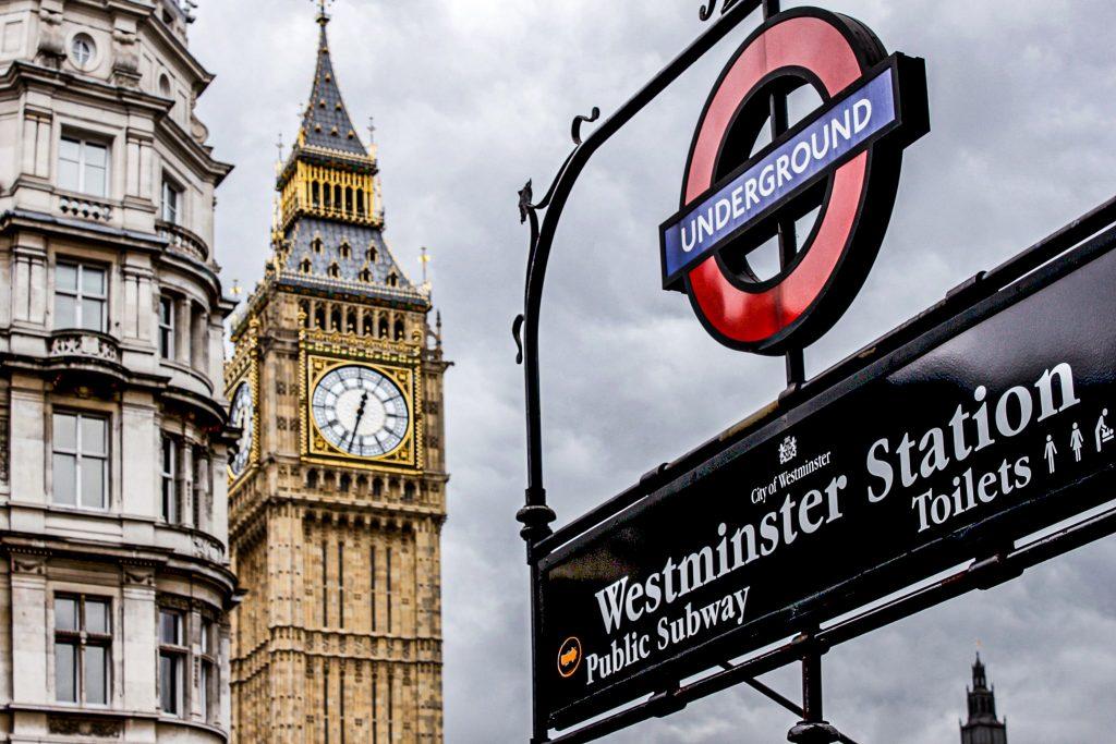 Westminster station - Londres