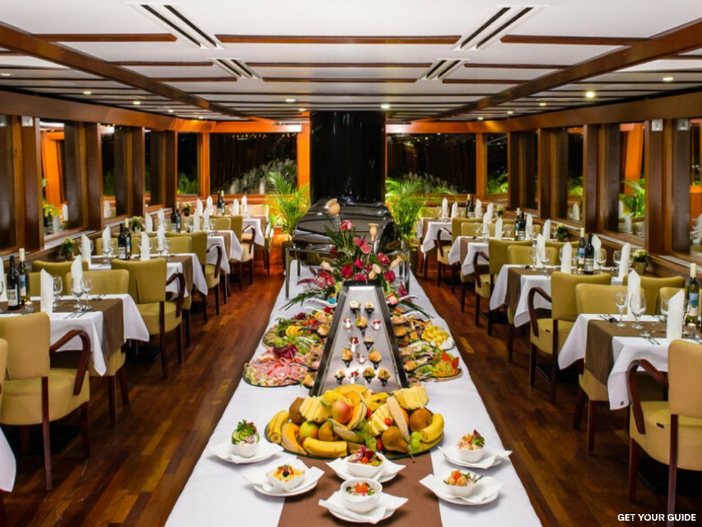 Budapest - Danube dinner cruise © GetYourGuide
