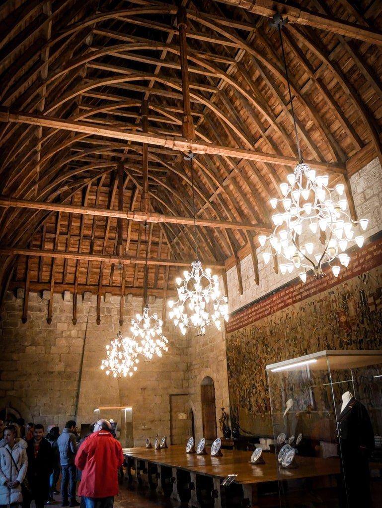 Palais des Ducs de Bragance - plafond en coque inversée
