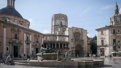 Place de la Virgen - Visiter Valence