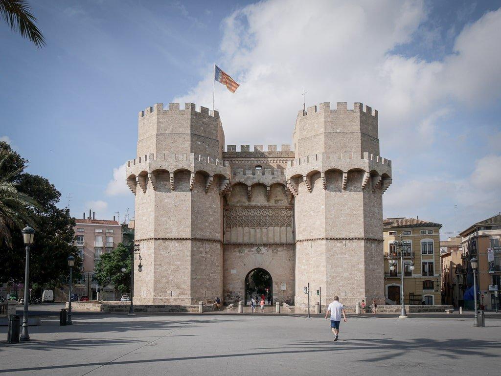Visiter Valence - Tours de Serranos