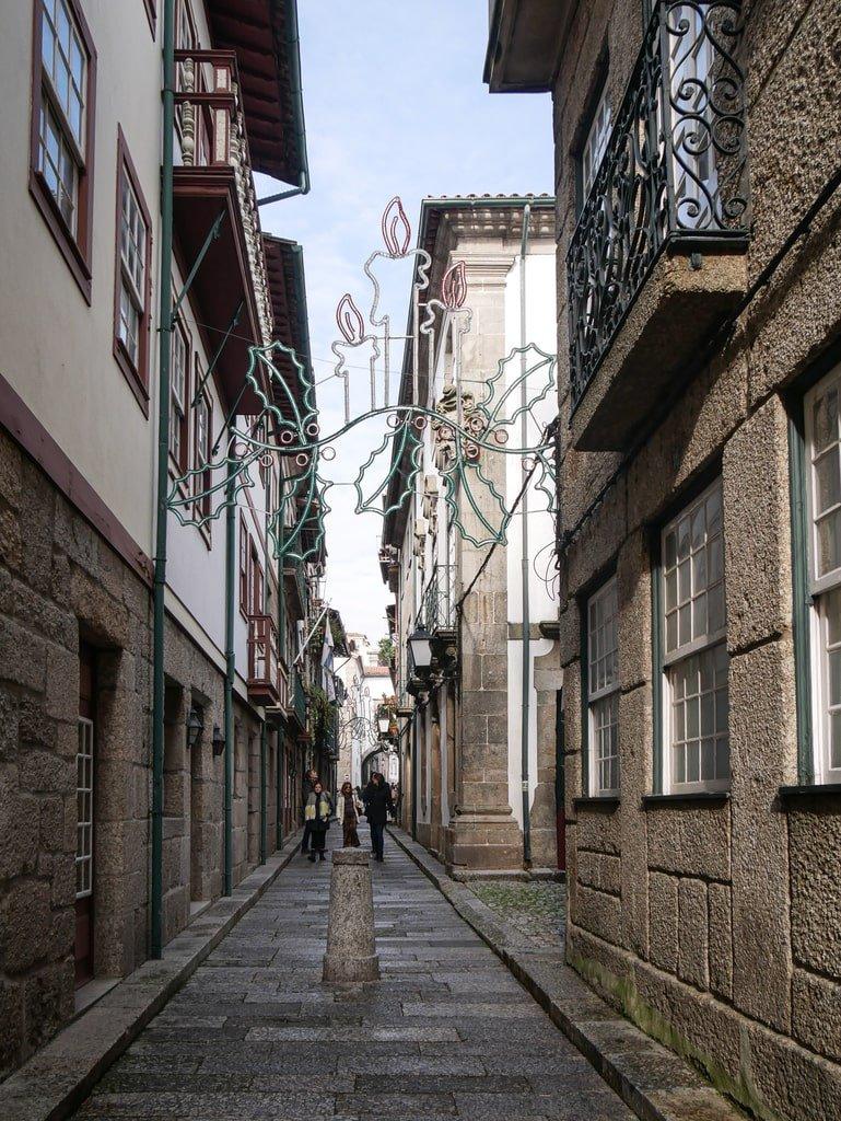 Visiter Guimarães -rue du centre historique