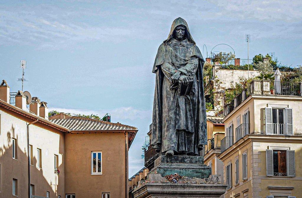 Campo de' Fiori - Statue de Giordano Bruno