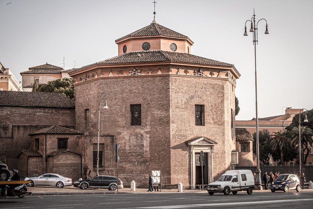 Basilique Saint-Jean-de-Latran - baptistère