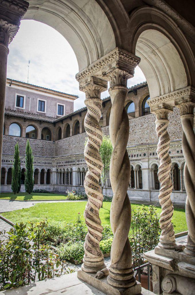 Basilique Saint-Jean-de-Latran - cloître