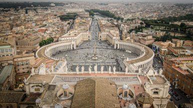 Place Saint-Pierre - Vatican - Rome